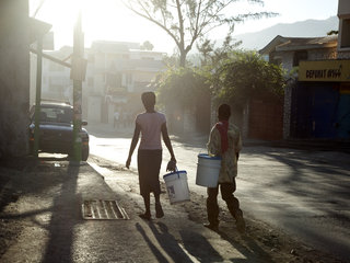 Aliya Naumoff  - Haiti - After the Earthquake - Haiti_0414