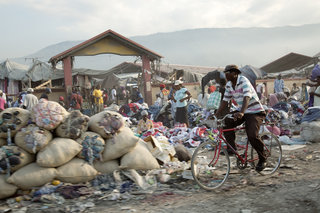 Aliya Naumoff  - Haiti - After the Earthquake - Haiti_1285
